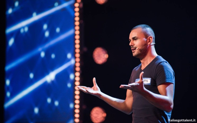 Italia's Got Talent 2017, l'esilarante coming out di Mirko – video