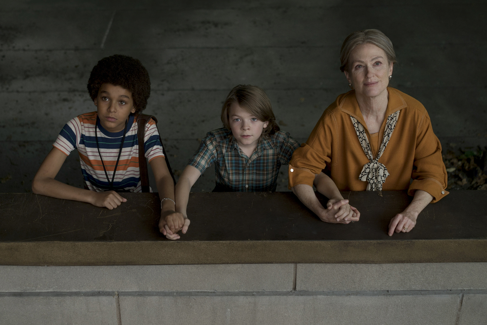Jaden Michael, Oakes Fegley, and Julianne Moore in WonderStruck
